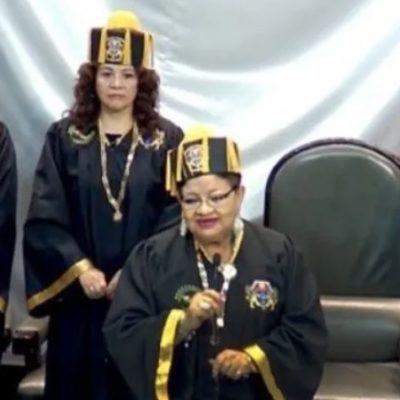 Usa Morena Congreso de la CDMX como escenario para otorgar doctorados a diputados y funcionarios