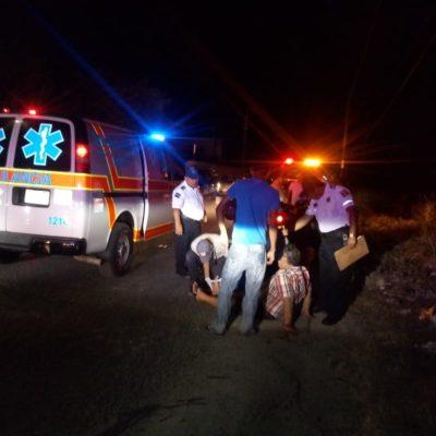 Automóvil golpea a motociclista en Chetumal