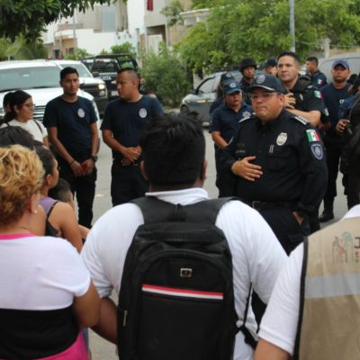 CAPELLA EN VILLAS DEL SOL: Jefe policiaco recorre una de las colonias de Playa con mayores índices de violencia