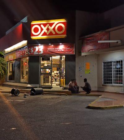 Roban más de 129 mil pesos de un Oxxo en Playa del Carmen