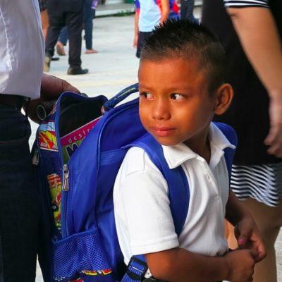 EL REGRESO A CLASES CON EMOCIÓN Y LÁGRIMAS: Así fue el comienzo del ciclo escolar en Cancún