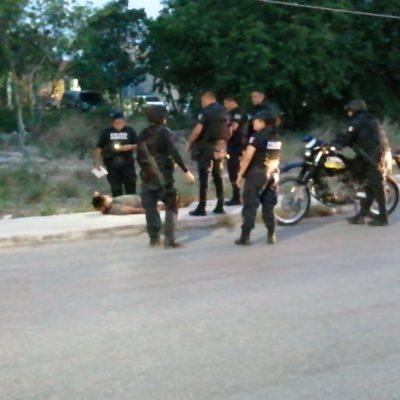 Intentan ejecutar a un hombre en la avenida Tules de la Región 247 de Cancún