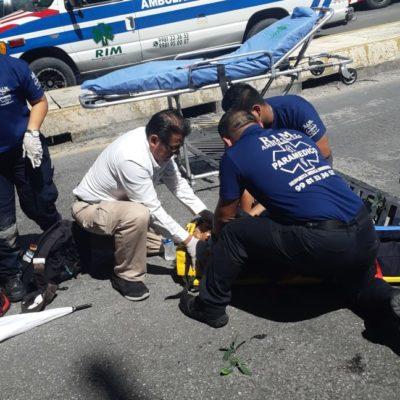 Joven se lanza desde el Distribuidor Vial de la Avenida Kabah con Colosio para morir atropellado, pero…