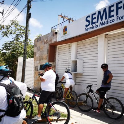 DAN ÚLTIMO ADIÓS A CICLISTAS ASESINADOS: Familiares, amigos y compañeros de Rosendo y José Vicente acuden al sepelio mientras Fiscalía investiga