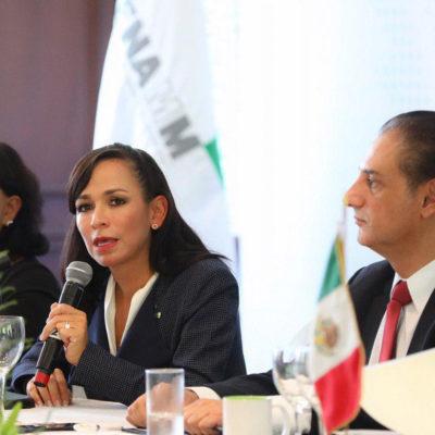 Asiste Laura Fernández al informe de actividades y renovación del Consejo Directivo de la Fenamm