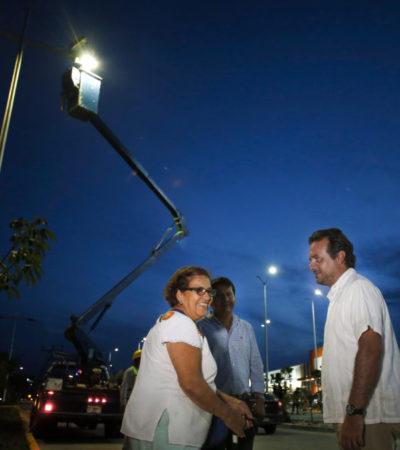 Planea Gobierno de Cozumel cerrar el mes de noviembre con más de tres mil luminarias renovadas