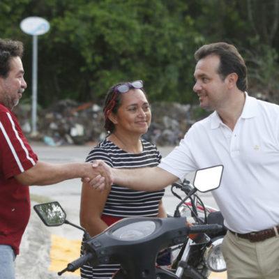 Recorre Pedro Joaquín la colonia ampliación CTM donde rendirá su Primer Informe de Gobierno