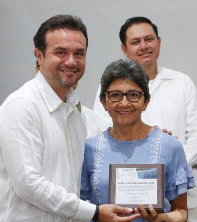 Anuncia Pedro Joaquín vuelo directo Houston-Cozumel durante la entrega de reconocimientos al mérito turístico del año