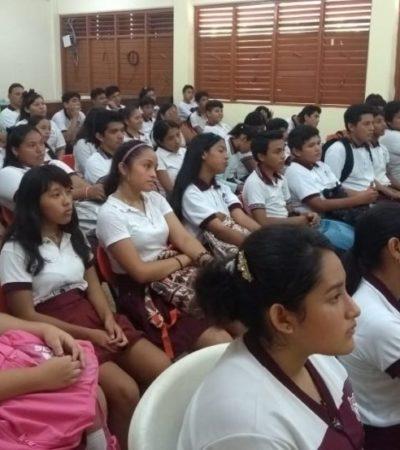 Brindan plática a estudiantes sobre la prevención del suicidio en Isla Mujeres
