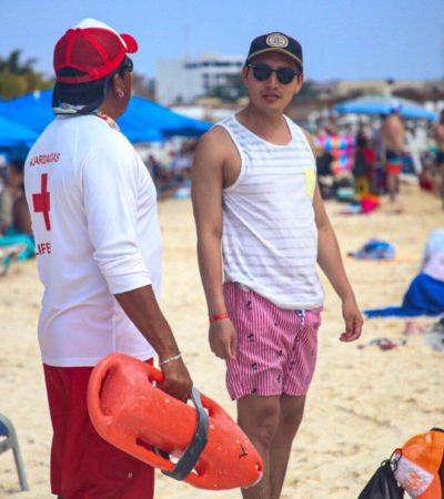 Guardavidas realizan actividades de vigilancia y rescate en las principales playas de Isla Mujeres