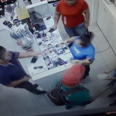 Graban a asaltantes de tienda en video en Cancún