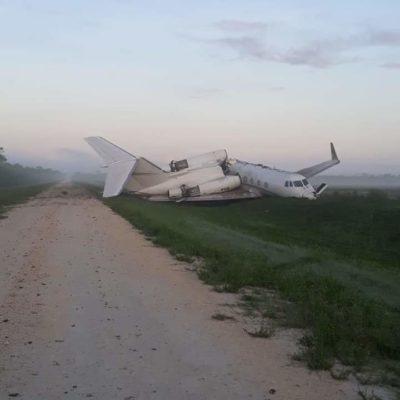 CAE AERONAVE EN BELICE: Se parte en dos jet ligero al desplomarse en Blue Creek; sospechan traía droga