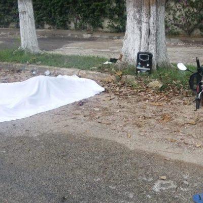 Chocan dos motociclistas en Bacalar; uno muere