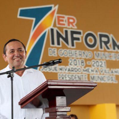NIVARDO SE SALE CON LA SUYA Y PRESENTA DOS INFORMES: En pugna con los regidores, Alcalde de Lázaro Cárdenas acude a sesión de Cabildo y luego a sede alterna