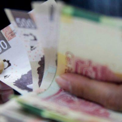 Analiza AMLO un segundo aumento al salario mínimo que sería por encima de la inflación