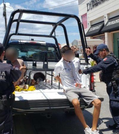 Detienen a 20 personas en operativo contra comisionistas y vendedores 'piratas' en Cozumel