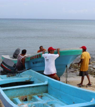 Rescatan a tres pescadores extraviados en Cozumel