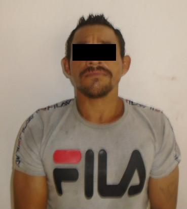 Detienen a sujeto por causar daños a comercio en Cancún