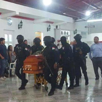 DAN ÚLTIMO ADIÓS A POLICÍA EJECUTADO: Velan en Chetumal restos mortales de comandante Archi Yama