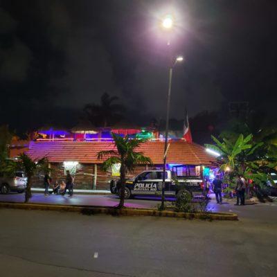 ATACAN A BALAZOS 'LA CASA DEL TAMAL': Reportan herido al propietario del negocio en la SM 524 de Cancún