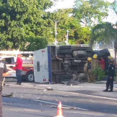 TRÁGICO ACCIDENTE EN CHETUMAL: Ciclista muere aplastado por un camión de traslado de valores