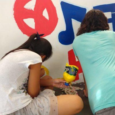 """Participan más de cien personas en creación de mural en Villas del Sol como parte del programa """"Semilleros Creativos"""""""