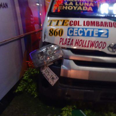 Choca camión sin placas con Urvan, en la López Portillo; hay tres heridos