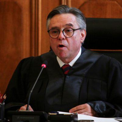 Acepta AMLO renuncia de Medina Mora a la SCJN; toca al Senado validarla