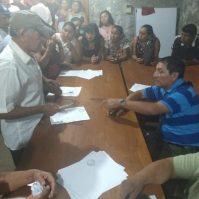 Recolectan firmas para denunciar por robo a la directiva del comedor comunitario de Tihosuco por llevarse hasta la estufa