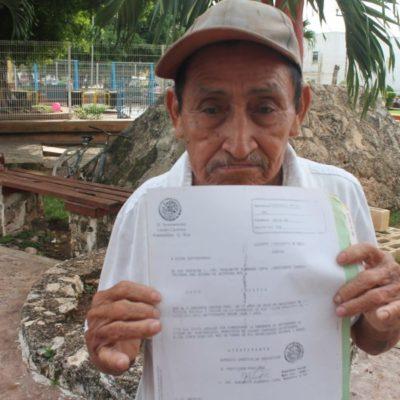 Denuncia campesino intento de despojo por parte del exdiputado Isauro Pool y su hija Karol Pool