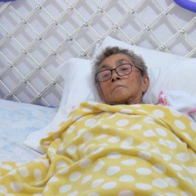 Denuncia mujer de la tercera edad a personal del ISSSTE en Cancún por dejarle una herida expuesta y negarle atención, pese a orden legal