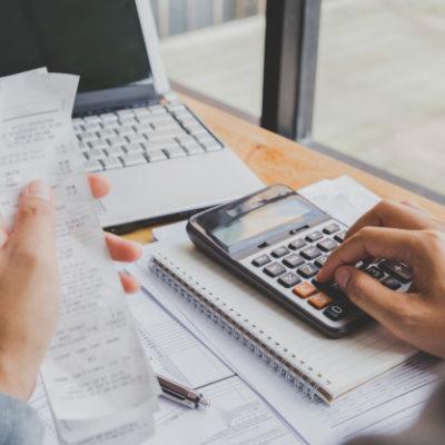 Acusa AMLO a contadores de promover evasión de impuestos… y ya le respondieron