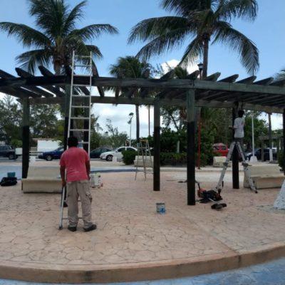 Denuncian que Ayuntamiento de Puerto Morelos busca remodelar parque a toda velocidad, pese a objeción de ciudadanos
