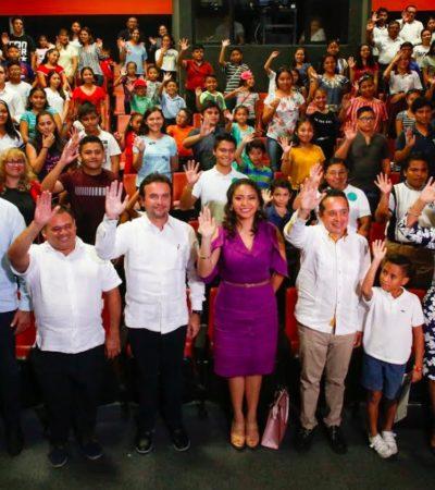Entregan más de 700 becas de la Fundación de Parques y Museos de Cozumel con una inversión anual de 4.8 mdp