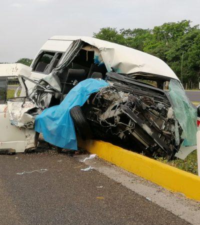 Deja una mujer muerta colisión entre van de pasajeros y un tráiler en la Mérida-Campeche