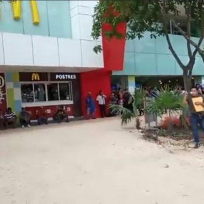 Hieren de bala a un hombre en la zona de tiendas del parque de 'El Crucero' de Cancún