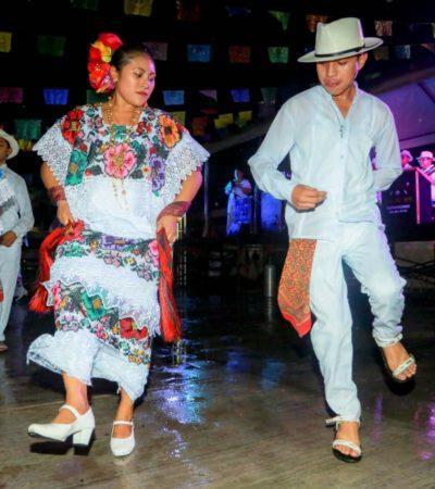 Inicia con éxito la Fiesta del Centro Ceremonial Maya de Tulum en honor a la Santa Cruz de Sabán