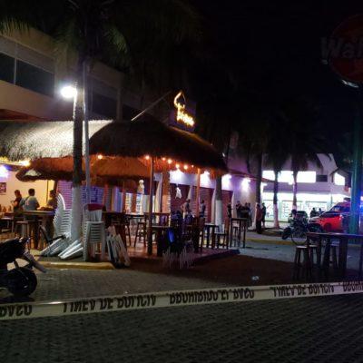 Balean a un hombre en el bar 'La Palapita' sobre la Avenida Kabah en Cancún