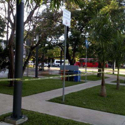 Por posible infarto, fallece deportista en los baños del kilómetro cero de la zona hotelera de Cancún