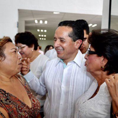 Ubica encuesta a Carlos Joaquín como uno de los gobernadores más honestos del país
