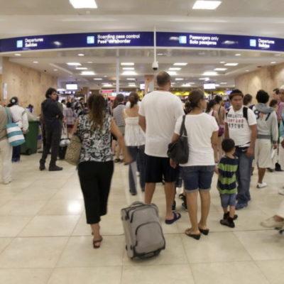 LA 4T LE CARGA LA MANO AL TURISMO: Aprueban diputados alza del 98% en el pago de derechos migratorios, lo que convertirá a México en el país con los impuestos más elevados para turistas extranjeros