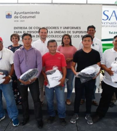 Entregan uniformes y contenedores a personal de PASA para la recolección de residuos en Cozumel