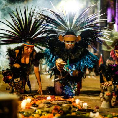 """Asisten cientos de personas al evento cultural """"Tradiciones Prehispánicas del Día de Muertos"""" en Cozumel"""