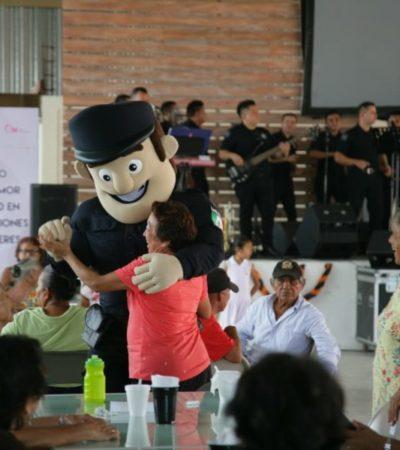 """Realizan el evento """"Forjando Lazos de Amor y Seguridad para las Generaciones de Isla Mujeres"""" con la participación de la Orquesta de la Policía de QR"""