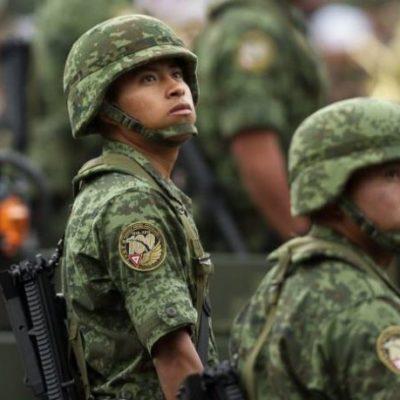 POR PORTARSE 'MUY BIEN', SEGÚN AMLO: Aumentará salario de soldados y marinos por encima de la inflación
