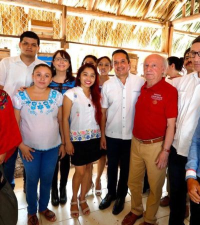 SE REÚNE GOBERNADOR CON APICULTORES: Ofrece Gobernador reforzar a un sector productivo que beneficia a familias del sur de Quintana Roo