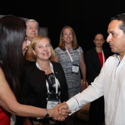 CUMBRE SOBRE ENERGÍA EN CANCÚN PARA ATRAER INVERSIONES: Confirma Carlos Joaquín su participación en la Summit Petroleum & Energy