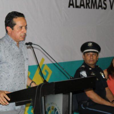 Respalda Carlos Joaquín regreso de extranjeros por el INM