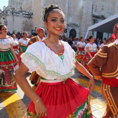 Alista Yucatán desfile con motivo del 109 aniversario del inicio de la Revolución Social Mexicana