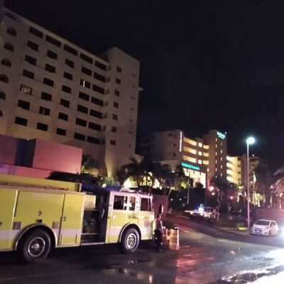 Investigan si hotel incendiado en Cancún cumplió protocolos